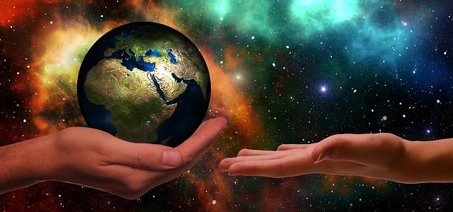 EL FUTURO DE LA HUMANIDAD ESTÁ EN NUESTRAS MANOS